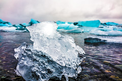 natural sculpture (Kai-Ming :-))) Tags: kaiming kmwhk iceland jökulsárlón blue ice white water sky glacialriverlagoon breiðamerkurjökullglacier vatnajökullnationalpark dscrx1rm2 sony