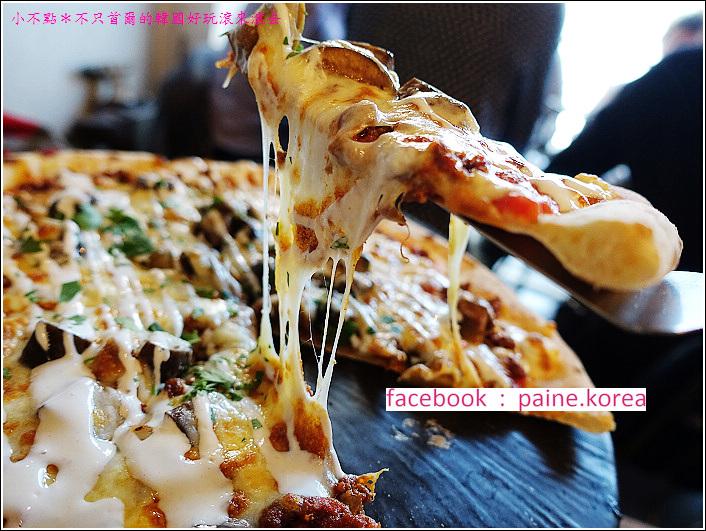 首爾北村鐵匠烤窯Pizza (24).JPG