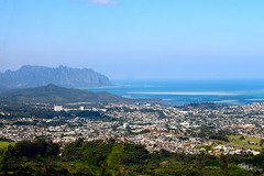 Nu'uanu Pali (photawwgraphy) Tags: world ocean travel blue vacation green eye tourism water birds hawaii oahu scenic pacificocean tropical lookouts nuuanupali windwardcoast