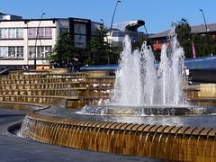 Sheffield, South Yorkshire (Oxfordshire Churches) Tags: uk england unitedkingdom sheffield panasonic fountains railways railwaystations southyorkshire waterfeatures mft micro43 microfourthirds lumixgh3 johnward