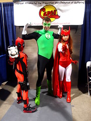 Deadpool & Scarlet  Witch Cosplay with Green Lantern (Trinity All-Stars) Tags: green beach scarlet costume kid long comic cosplay witch trinity convention horror lantern greenlantern con allstars lbcc scarletwitch kaotic 2013 deadpool kidpool longbeachcomiccon lbchc lbcc13 lbcc2013 trinityallstars lbchc2013 lbchc13
