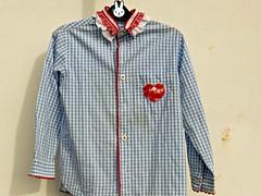 camisa reciclada #2 (Monte de Linhas) Tags: handmade artesanato fabric alentejo aventais tecidos babete toalhas costavicentina sacomaternidade feitomao montedelinhas