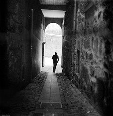 Step out the dark side... (Srgio Miranda) Tags: street blackandwhite bw 6x6 portugal mediumformat photography kodak streetphotography porto analogphotography 120mm kiev88 filmphotography streetphotograhy kiev88cm bwstreet filmisnotdead srgiomiranda blackandwhitephotgraphy squarephotography sergiomiranda progold400