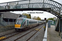 22058+22016 depart Portarlington, 31/10/15 (hurricanemk1c) Tags: irish train rail railway trains railways irishrail rok rotem portarlington 2015 icr iarnród 22000 22058 éireann iarnródéireann 3pce 1350heustongalway
