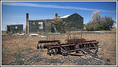 Bushfire Ruins (tim_kavanagh) Tags: farmhouse rust ruins outback southaustralia bushfire stonecottage