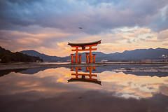 Itsukushima (Miyajima) - Torii (6) (ジェイリー) Tags: hiroshimaprefectures 日本 広島縣 厳島 宮島 大鳥居 itsukushima torii miyajima 世界遺產 日本三景 sony a7r landscape japan 三大鳥居 戶外