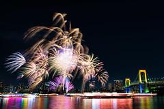 お台場  冬 花火 (Mori.Kei) Tags: お台場 odaiba 冬 winter 花火 fireworks レインボーブリッジ rainbow bridge リフレクション reflection 夜 night tokyo japan city