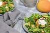 Salat mit Kaki (Frau Holle2011) Tags: foodfotografie sharon kaki frucht orange obst salat rucola feldsalat frischkäse champignons granatapfel samen gesund vitamine food slefmade grenade salad diospyros