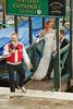 La mariée de l'an 12. (caramoul25) Tags: venise venice venezia mariée robe ponton photographe rire caramoul25