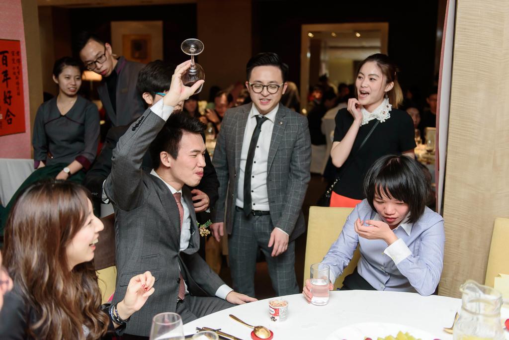 wedding day,婚攝小勇,台北婚攝,晶華,台北國賓,台北國賓婚宴 ,愛瑞思,Miko,新秘,-127