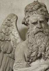 Dirty grumpy angel (Aramisse) Tags: italy friedhof male cemetery angel beard europe italia sale ange dirty dirt genoa genova angelo engel genes grumpy italie barbe cimitero cimetire masculin salet cimiteromonumentaledistaglieno aramisse