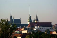 Sony Alpha A230 with Pentacon Electric 4/200 MC - Good Morning, Brno! 05 (Kojotisko) Tags: cityscape brno creativecommons czechrepublic scape fromwindow pentaconelectric sonyalphaa230 pentaconelectric4200mc
