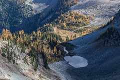 20151003-IMG_9924 (Ken Poore) Tags: washington hiking cascades larches northcascades geolocation maplepassloop geocity camera:make=canon exif:make=canon goldenlarches geocountry geostate exif:lens=ef24105mmf4lisusm exif:aperture=ƒ90 exif:model=canoneos6d camera:model=canoneos6d exif:isospeed=200 exif:focallength=82mm geo:lon=12076050833333 geo:lat=48499553333333