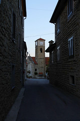 Chiesa della Nativit di Maria Vergine (BerrutiGiulia) Tags: street italy church italia chiesa piemonte piedmont prospettiva bergolo