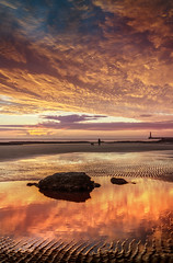 Seaburn, Sunderland (DM Allan) Tags: red sky beach sunrise dawn northsea sunderland roker seaburn wearside