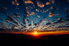 草千里 阿蘇山 Aso|日本 九州 Japan Kyushu (里卡豆) Tags: sunset japan olympus pro 日本 aso f28 kyushu 九州 阿蘇 草千里 714mm 阿蘇山 epl7