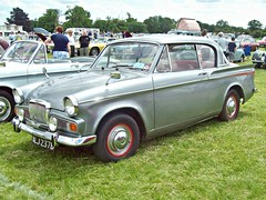 680 Sunbeam Rapier IV Sports Saloon (1964) (robertknight16) Tags: sunbeam british 1960s rapier rootes luton alj237b