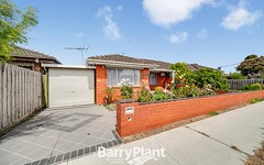 2/18 Russell Street, Cranbourne VIC