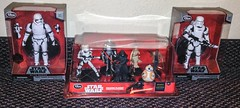 Disney - Purchases (Darth Ray) Tags: star store order force first disney elite stormtrooper series wars figurine playset purchases awakens flametrooper