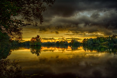 Kirchturm hinter dem See (radonracer) Tags: deutschland see himmel nrw landschaft wald bäume abendstimmung niederrhein baggersee kevelaer