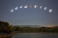 Red moon (explore) (Rafael Díez) Tags: red españa moon noche agua paisaje pantano luna nocturna roja larioja navarrete rafaeldíez
