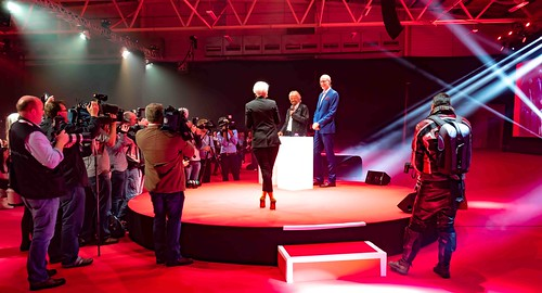 RICHARD BRANSON LAUNCHES VIRGIN MEDIA AT THE RDS [UPC REBRANDED AS VIRGIN]REF--10858495