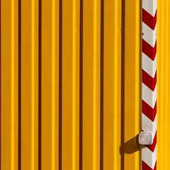 Yellow, White, Red (zeh.hah.es.) Tags: red white rot yellow schweiz switzerland construction zurich baustelle gelb zrich constructionsite weiss kreis5 bauwagen zehhahes