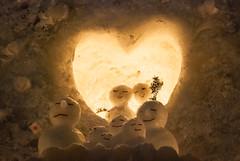 [61/365] Amor abaixo de zero (augustosakai) Tags: family winter snow love ice gelo japan sapporo snowman nikon hokkaido heart amor famlia neve corao japo inverno bonecodeneve project365 d80 projeto365 augustosakai