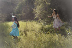 (Tc photography. Per) Tags: trees light portrait inspiration color cute bunny green nature beauty sisters forest dress photoshoot time sweet outdoor alice dream atmosphere naturallight dreams photosession aliceinwonderland tcphotography