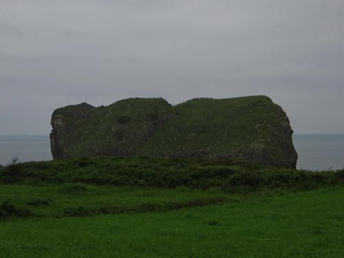 20160604 17 098 Jakobus Meer Wiese Felsenwesen
