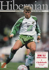 Hibernian vs Clydebank - 1989 - Cover Page (The Sky Strikers) Tags: hibernian hibs clydebank skol cup road to hampden easter matchday magazine one pound