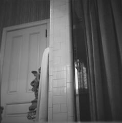 alexander-mansion-bathroom (kaumpphoto) Tags: blackandwhite tile towel cherub door curtain rolleiflex 35f