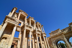 Facade of the Library of Celsus (PhotoGizmo) Tags: libraryofcelsus ehesus turkey