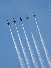 Blue Angels in KC, 23 Aug 2015 (photography.by.ROEVER) Tags: plane airplane afternoon aircraft august airshow kansascity missouri kc f18 blueangels usnavy kcmo fa18 unitedstatesnavy fa18hornet 2015 casepark kansascityaviationexpo kcaviationexpoandairshow august2015