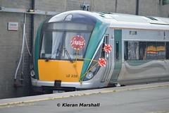22028 at Connolly, 28/9/15 (hurricanemk1c) Tags: dublin irish train rail railway trains stop railways irishrail rok rotem 2015 icr connolly iarnród 22000 22028 éireann iarnródéireann 4pce nottobemovedboards