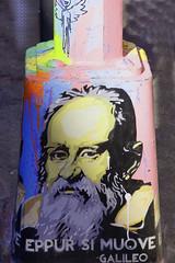 New York citty grafitti or Galileo (Marco Braun) Tags: usa streetart newyork men art grafitti head kunst mann galileo kopf eppursimuove