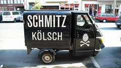 schwatter Kölner (QQ Vespa) Tags: italy classic vintage köln ape schwarz piaggio kölsch apecar threewheeler schmitz dreirad vespacar strase