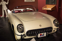 first (vynsane) Tags: kentucky ky corvette nationalcorvettemuseum bowlinggreenky