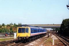 51099 + 59416 + 51076 (Sparegang) Tags: britishrail gatwick dmu networksoutheast southernregion 51099 51076 59416 class119 gloucesterdmu