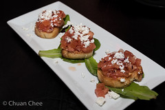 Cafe Amore 151206-4111a (Chuan Chee) Tags: food cheese restaurant appetizer stcatharines bruschetta