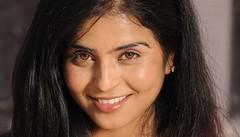 Bollywood Actress PRACHEE ADHIKARI Photos Set-1 (55)