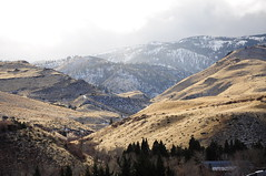 Keeping the snow where it belongs. (Narodnie Mstiteli) Tags: reno nevada huntercreek