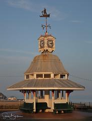 Viking Bay 3 20170122 (Steve TB) Tags: vikingbay broadstairs canon eos5dmarkiii clocktower weathervane