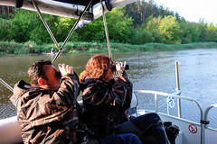 DSCF0295 (idelfons) Tags: river cruise birds nature tourists binoculars germans polska digital poland podlasie fujixt1 fujinon xf1855 eu wizna biebrza narew