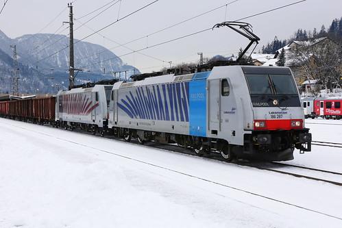 Lokomotion 186 287-9 und 186 285-3 Schrottzug, Kufstein