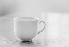 Empty... (Daniela 59) Tags: e empty cup coffeecup white whitecup table woodentable monochrome monochromemonday 100x2017 100xthe2017edition image6100 theworldaroundme stilllife minimalism danielaruppel