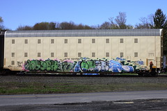 Nodek over ???, Oumer? over Huher (BombTrains) Tags: road railroad art train bench graffiti paint tx tag graf rail spray graff freight booyah fr8 aok cyk benching bewr tsbk oumer huher nodek 501578 bfwk