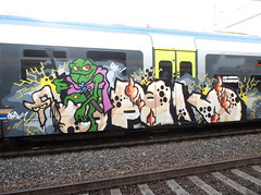 old world wanderer (en-ri) Tags: verde train writing torino graffiti frog crew rana marrone sdk opak cavalcatura