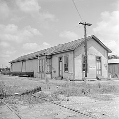 [Texas and New Orleans, Southern Pacific Railroad Station, Stockdale, Texas] (SMU Central University Libraries) Tags: sp tno railroads railroadstations espee depots
