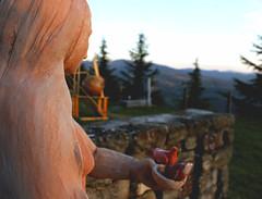 Prospettiva (BerrutiGiulia) Tags: art arte piemonte statua piedmont langhe prospettiva bergolo visitpiedmont